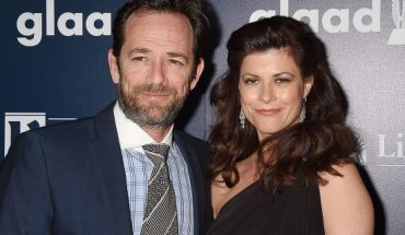 Luke Perry and fiancée Wendy Madison Bauer had reportedly set their wedding date for August 17, according to their save the date. They are pictured at the GLAAD Media Awards in April 2017.