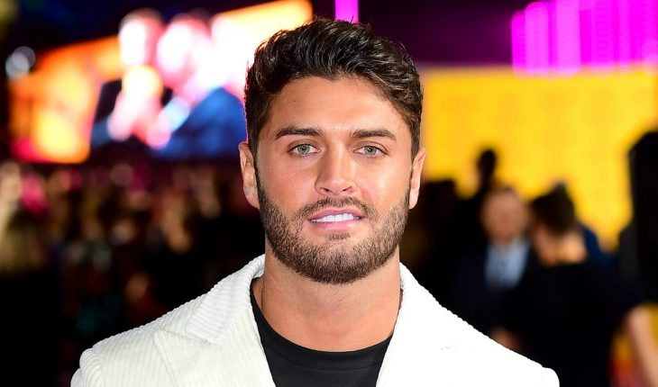 'Love Island' star Mike Thalassitis dead at 26: reports