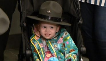 Florida officer's daughter made honorary Pennsylvania trooper amid cancer diagnosis