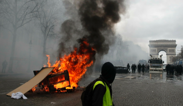 France seeks answers after police failure to contain rioting