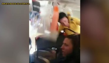 Video shows flight attendant hitting plane ceiling, passenger praying during severe turbulence