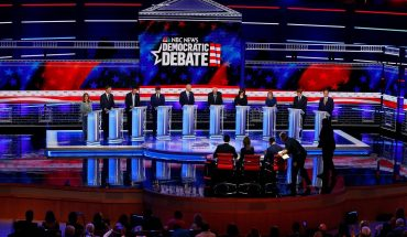 Illegal immigrants should get health care, say Dems in Night 2 debate
