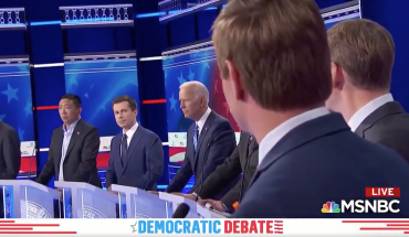 Buttigieg gives Swalwell the 'death stare' after challenging mayor to fire South Bend police chief