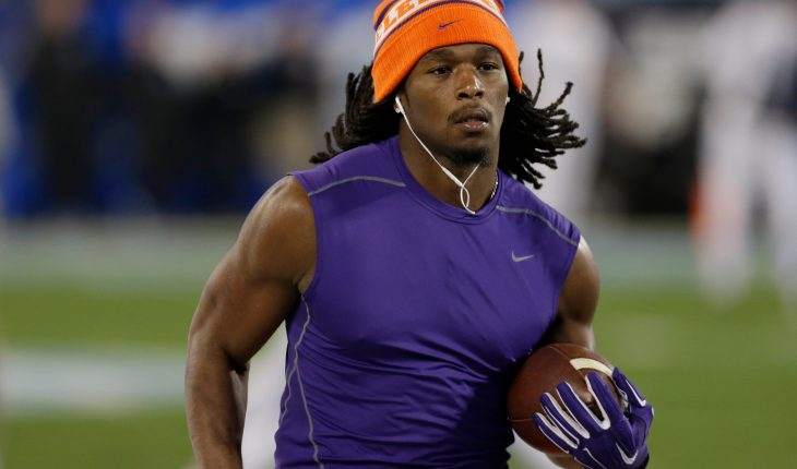 Former Clemson running back Tyshon Dye, 25, drowns at family picnic