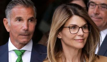 Lori Loughlin, Mossimo Giannulli to present 'united front' in court against college admissions scam allegations