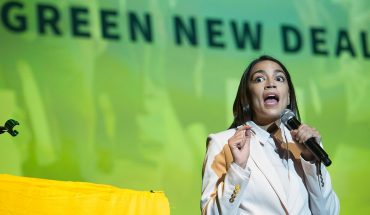 Outside group finds 'Green New Deal' emissions target crashes government model