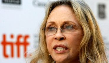 Faye Dunaway removed from upcoming solo Broadway production 'Tea At Five'
