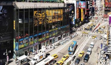 Motorcycle backfiring causes panic in Times Square, cops say
