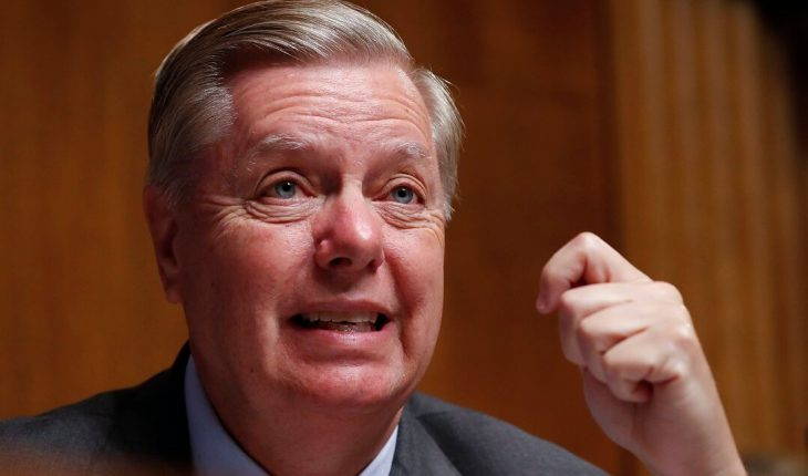 Senate meeting erupts as Graham clashes with Dems over asylum bill: 'You're not going to take my job!'