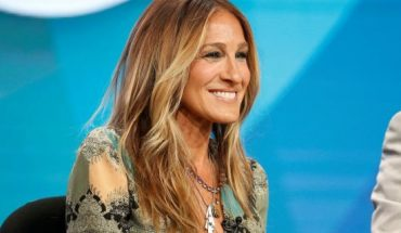 """The ever-stylish SJP is said to have fashionably envisioned every detail — the wine's name itself was reportedly inspired by her email signature, """"X, SJP."""""""