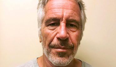 Jeffery Epstein paid women for their silence from jail, report says