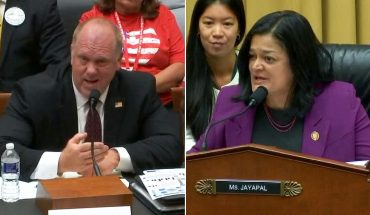 Ex-ICE director clashes with Dem at hearing on detention facilities: 'You work for me!'
