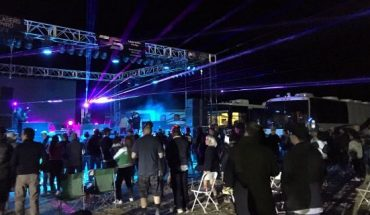 """Festival-goers at the Area 51 Basecamp in Hiko, Nev. partake in a """"psychedelic"""" mix by Grammy-nominated electronic dance music DJ and recording artist Paul Oakenfold."""