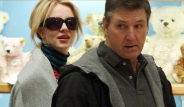 Britney Spears, pictured with her father, Jamie Spears, at the FAO Schwartz Toy Store in midtown Manhattan in 2008.