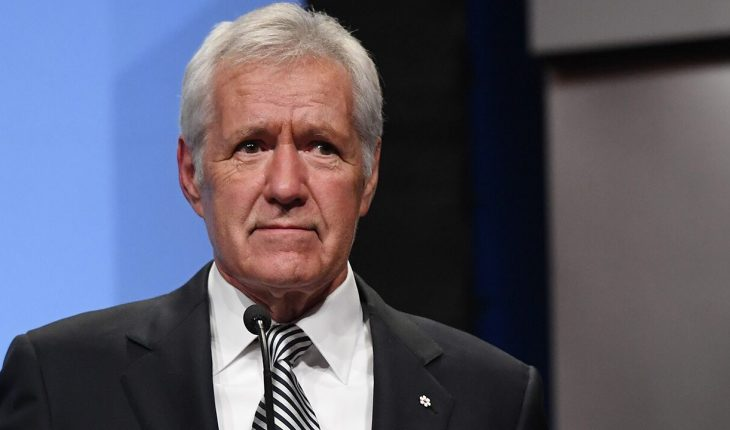 Alex Trebek appears at NBA game amid stage 4 pancreatic cancer battle