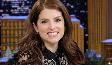 """Actress/singer Anna Kendrick visits """"The Tonight Show Starring Jimmy Fallon"""" at Rockefeller Center on Dec. 18, 2017 in New York City. (Getty Images)"""