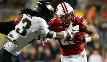 Wisconsin RB Jonathan Taylor rushes into elite company