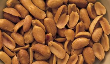 Boy, 1, nearly dies after choking on peanut, report says