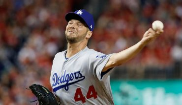 Twins sign pitchers Homer Bailey, Rich Hill to 1-year deals