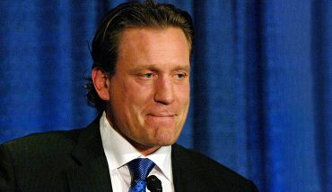NBC Sports suspends NHL analyst Jeremy Roenick for remarks about co-workers