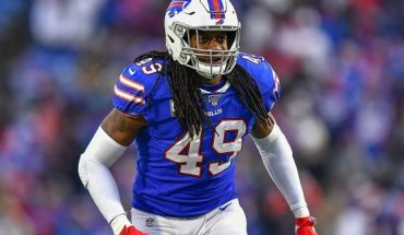 Nov. 24, 2019: Buffalo Bills middle linebacker Tremaine Edmunds (49) prepares for the snap against the Denver Broncos during the fourth quarter of an NFL football game, in Orchard Park, N.Y. (AP Photo/Adrian Kraus)