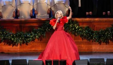 Chenoweth performed with iconic Tabernacle Choir and Orchestra in their annual Christmas concert.