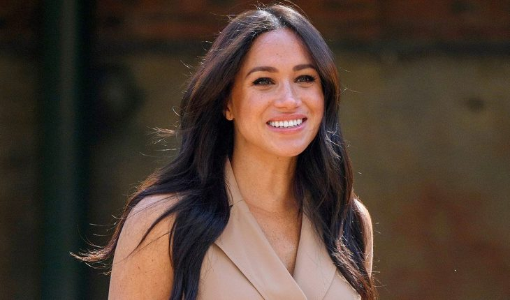 Meghan Markle's 'Deal or No Deal' briefcase is now up for auction