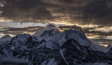 Summits of Mt. Everest and Mt. Makalu, seen from summit of Gokyo Ri, before sunrise in September 2019. (Photo by Frank Bienewald/LightRocket via Getty Images)