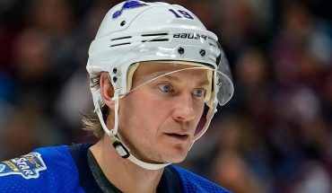 Blues' Bouwmeester has implant to help regulate heart rhythm