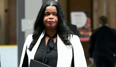 Jussie Smollett prosecutor Kim Foxx wins Dem primary in hotly contested race