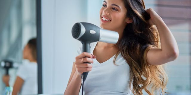 How to keep hair healthy without the salon